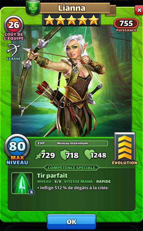 Lianna bande son arc dans Empires & Puzzles. Elle est une elfe aux cheveux blancs.